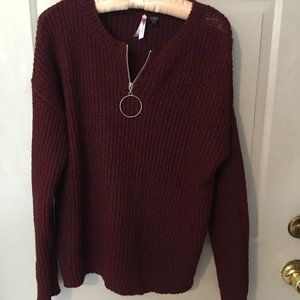 Love by Design Chunky Knit Sweater in Maroon. Med